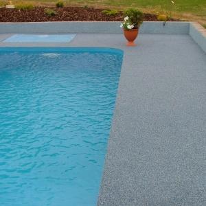 bazén Týn n V. 02.jpg